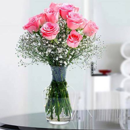 Glorious 12 Pink Roses BH: Valentines Day Gifts to Bahrain