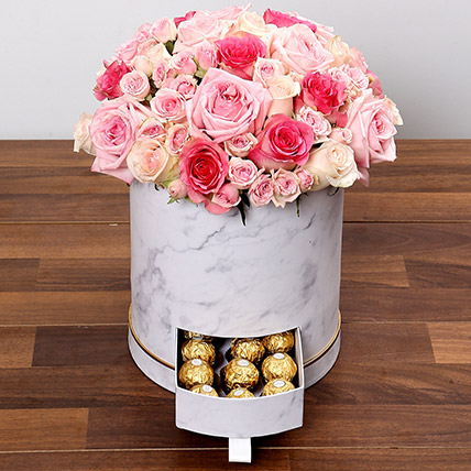 Box Of Pink Roses And Chocolates: Flower Delivery Bahrain