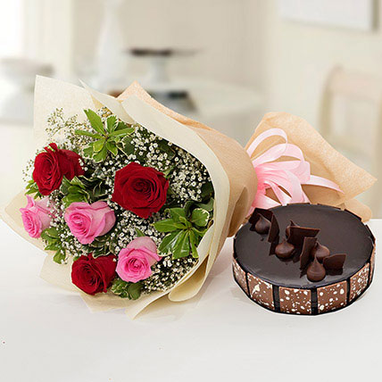 Beautiful Roses Bouquet With Chocolate Cake KT: Cake Delivery in Kuwait