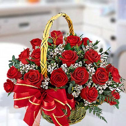 30 Red Roses Arrangement: Birthday Basket Arrangements