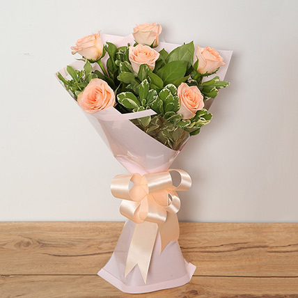 Bouquet Of Peach Roses: Flower Bouquets to Sharjah
