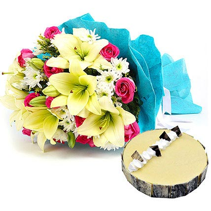 Elegant Bouquet with Cake: Flowers & Cakes
