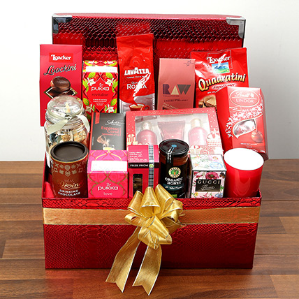 efdf15349e84 Exclusive Snacks and Chocolate Hamper  Valentine Gift Hampers for Him