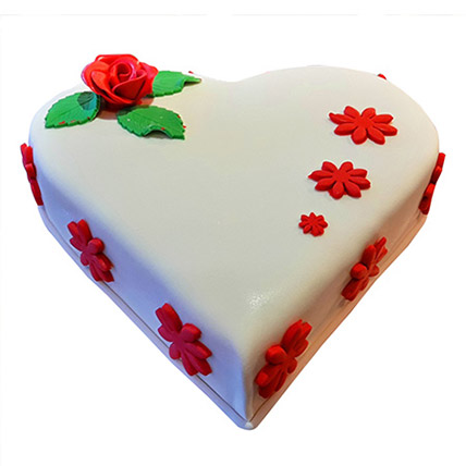 Heartshape Butterscotch: Designer Cakes  Delivery