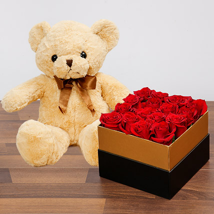Idyllic Red Roses and Teddy Bear: Flowers & Teddy Bears