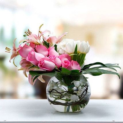 Romance In Heart: Flower Arrangements