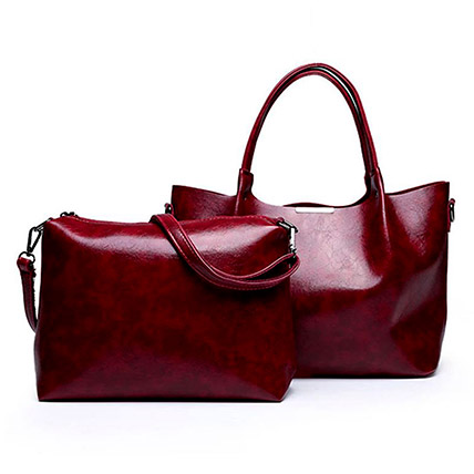 Set of 2 Maroon Shoulder Bags: Accessories