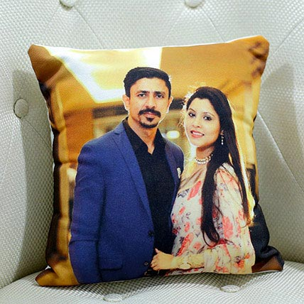 Personalize Photo Cushion: Personalised Gifts to Fujairah