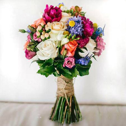Lethal Combination: Friendship Day Flowers for Friend