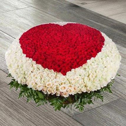 Red N White Roses Basket: Basket Arrangements