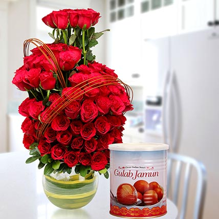 Red Roses Arrangement With Gulab Jamun: Birthday Sweets