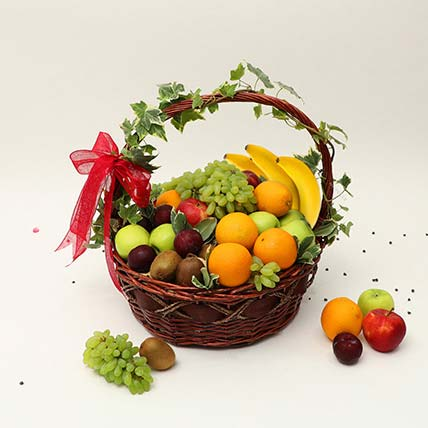 Juicy Fruits Basket: Gift Hampers
