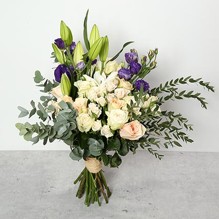 Roses and Lillies Bouquet: Christmas Gifts for Boyfriend