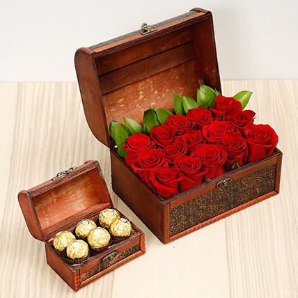 Elegant Box Of 15 Red Roses and Chocolates: Send Chocolates to Fujairah
