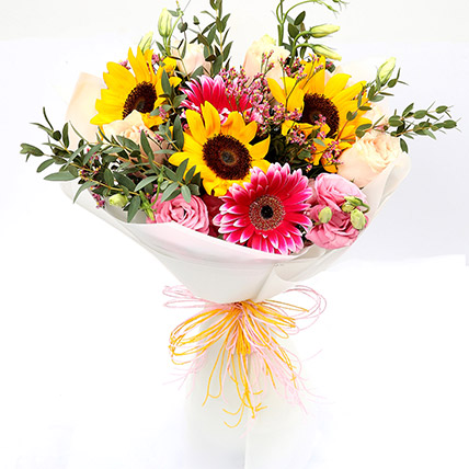 Harmonic Roses and Sunflower Mixed Bouquet:  Sunflower Bouquets