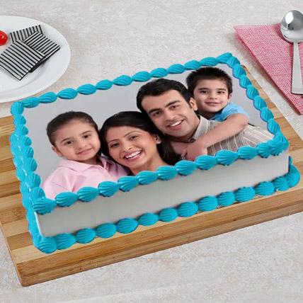 Tempting Photo Cake: 3D Cakes Dubai