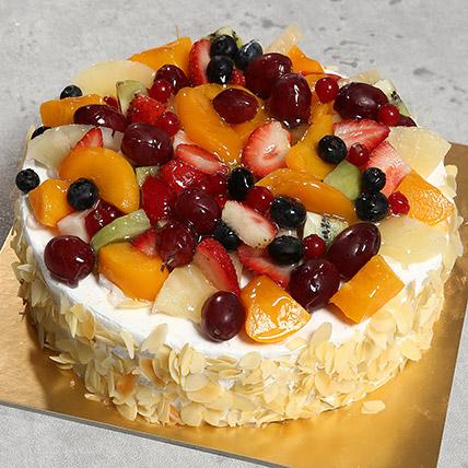 Fresh Fruit Fantasy: Cakes Delivery in Ras Al Khaimah