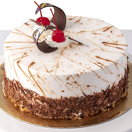 4 Portions Black Forest Cake: Cakes Delivery in Abu Dhabi