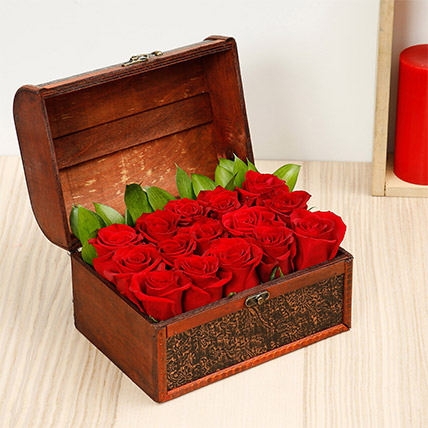 Treasured Roses: Flower Delivery for Groom
