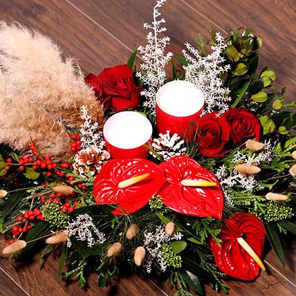 Xmas Special Center Table Flowers: Send Christmas Flowers to Ras Al Khaimah
