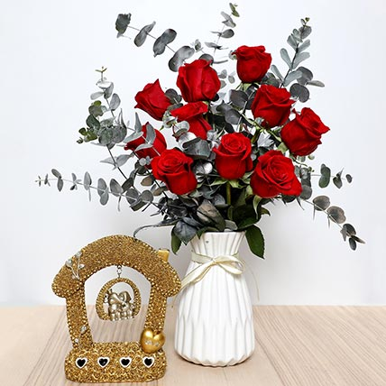 Red Roses Ceramic Pot  and Couple Idol: Valentine Gift Hampers to Ajman