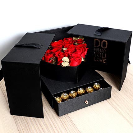 Luxurious Roses and Chocolate Box: Valentines Day Gifts For Her