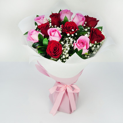 Pink and Red Roses Grand Bouquet: Valentines Day Gifts For Her