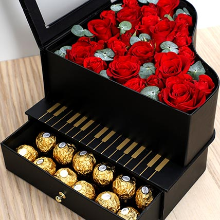 Roses and Chocolates Black Heart Box: Valentines Day Gifts For Him