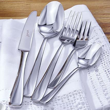 30 Piece Elegant Silver Cutlery Set: Kitchen Accessories