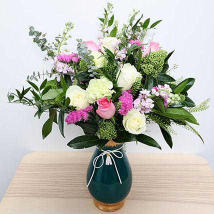 Roses N Carnations in Glass Vase: Birthday Flowers to Sharjah