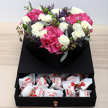 Roses N Chocolates Combo: Gifts Combos