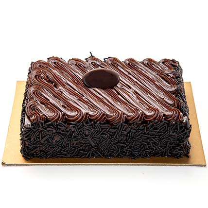 Chocolate Fudge Cake: Cakes Delivery in Dubai