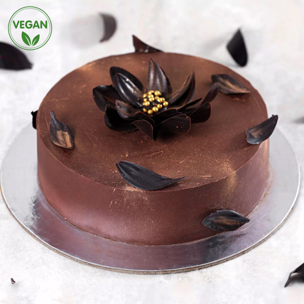 Classic Chocolate Vegan Cake: Vegan Cakes