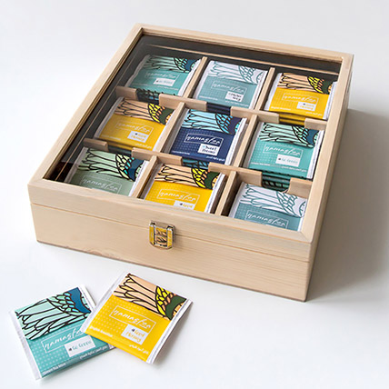 Natural Assorted Tea Wooden Box: Gifts for Boss