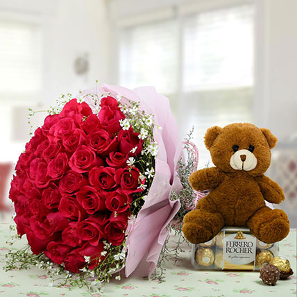 Hamper Showing love: Propose Day Flowers and Chocolates