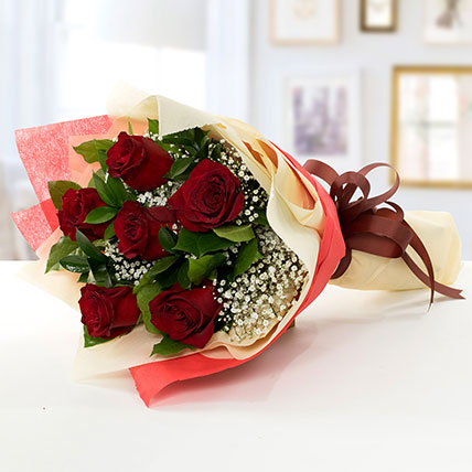 Beauty of Love: Friendship Day Flowers for Friend