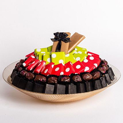 Assorted Premium Chocolates in Round Tray: Valentine Gift Hampers for Him