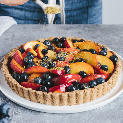 Flavourful Peach and Blueberry Tart: Tarts
