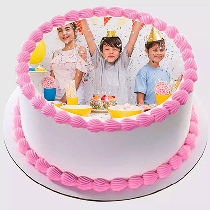 Delicious Birthday Photo Cake 500Gm: Customized Cakes in Dubai