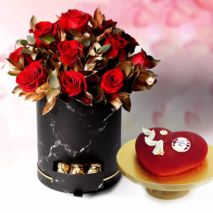 Roses With Romantic Wishes: Valentines Day Cake