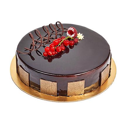 500gm Eggless Chocolate Truffle Cake: Farewell Cake Ideas