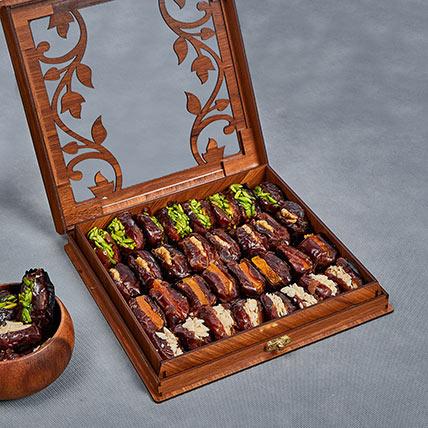 Stuffed Dates In Wooden Box: