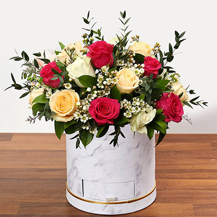 Beautiful Mixed Roses Arrangement OM: Mothers Day Gifts in Oman