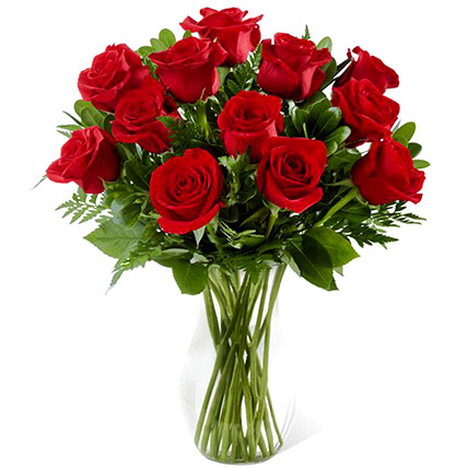 Red Rose Vase: Send Gifts To Pakistan