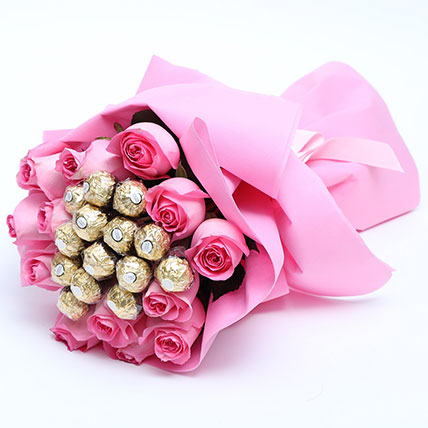 Special Roses And Ferrero Rocher Bouquet: Send Flowers To Pakistan