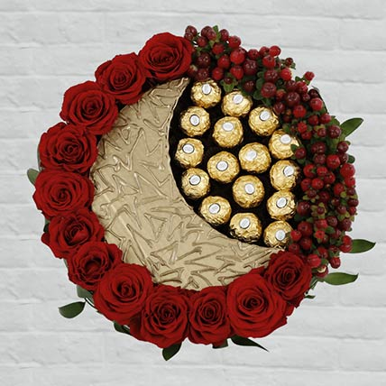 EID Red Roses & Rocher Arrangement: Send Chocolates To Qatar