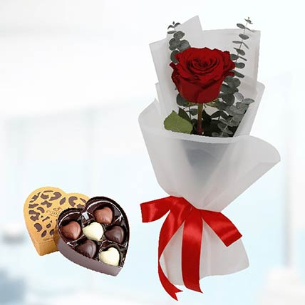 Red Rose White Wrap & Godiva Chocolates: Send Chocolates To Qatar
