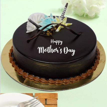Mothers Day Special Chocolate Cake: Send Mothers Day Gifts to Qatar