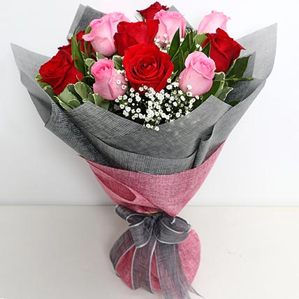 6 Pink And 6 Red Roses Bunch: Flower Delivery Saudi Arabia